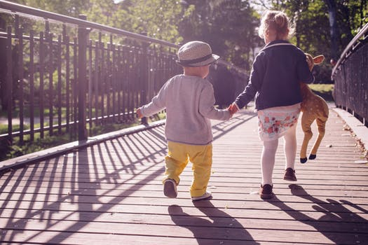 la gestation pour autrui et l'adoption